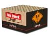 RedWire 81 schots fluitcake die in hoog tempo wordt leeg geschoten. RedWire kwaliteitsvuurwerk wat verkrijgbaar is bij Xena Vuurwerk in Ede