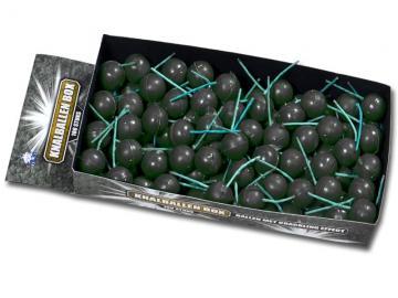 Doos met 100 stuks categorie 1 knetterballen. Online te bestellen bij Xena Vuurwerk in Ede